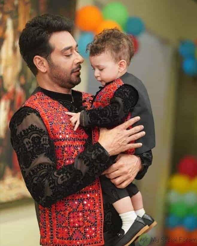 Faysal Qureshi son farmaan