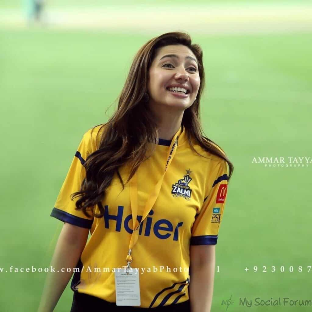 Celebrities at PSL6