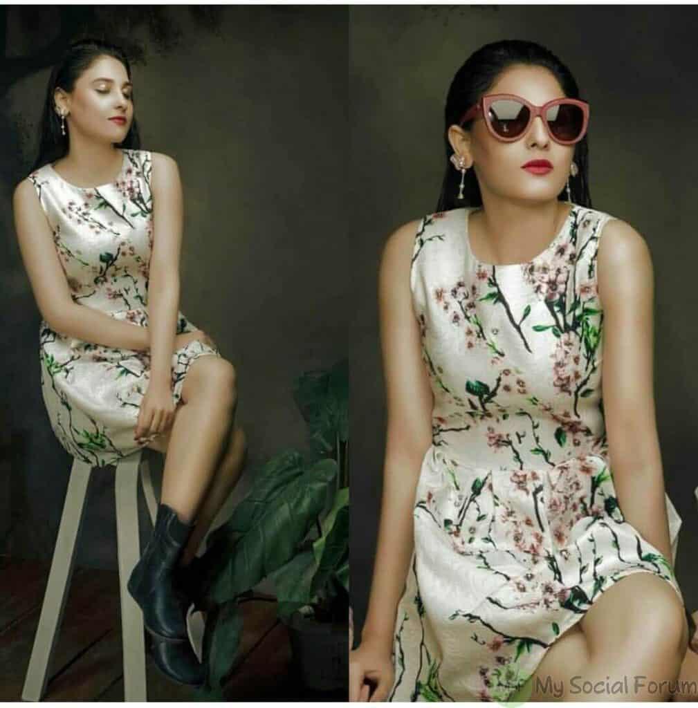 Hina Altaf bold pics