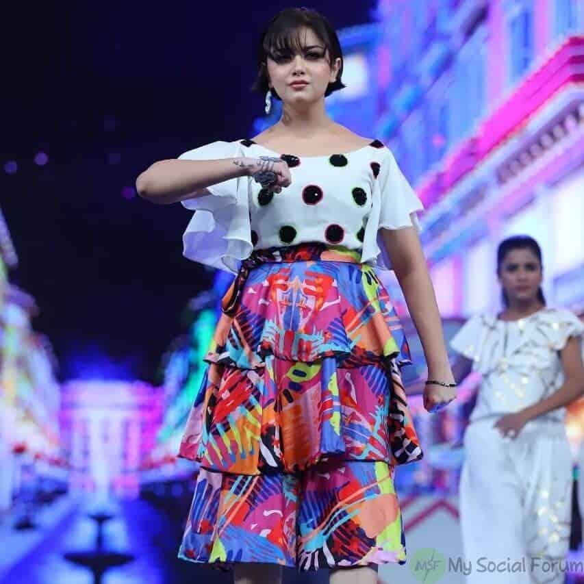 alizeh shah dance with ali zafar