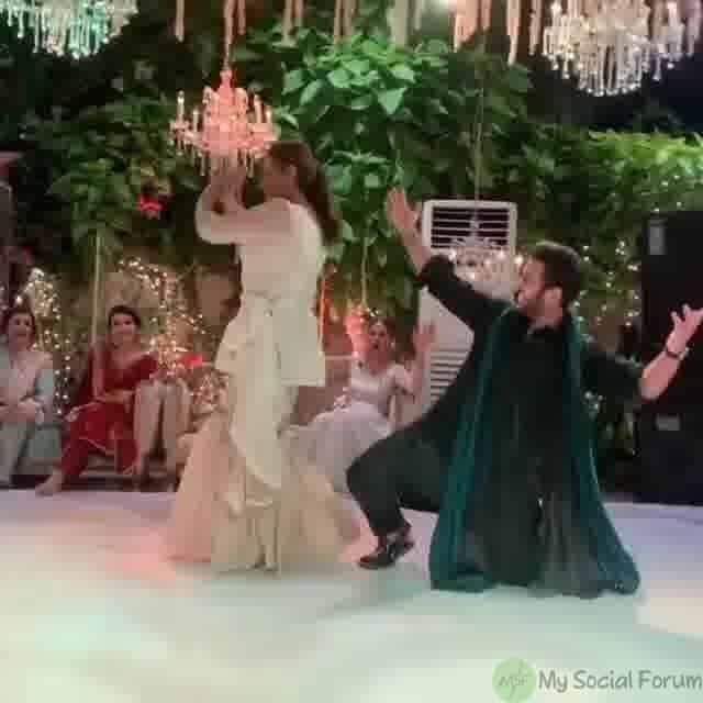 bushra ansari dancing