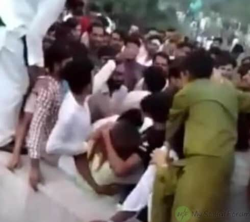 Minar e Pakistan incident (1)