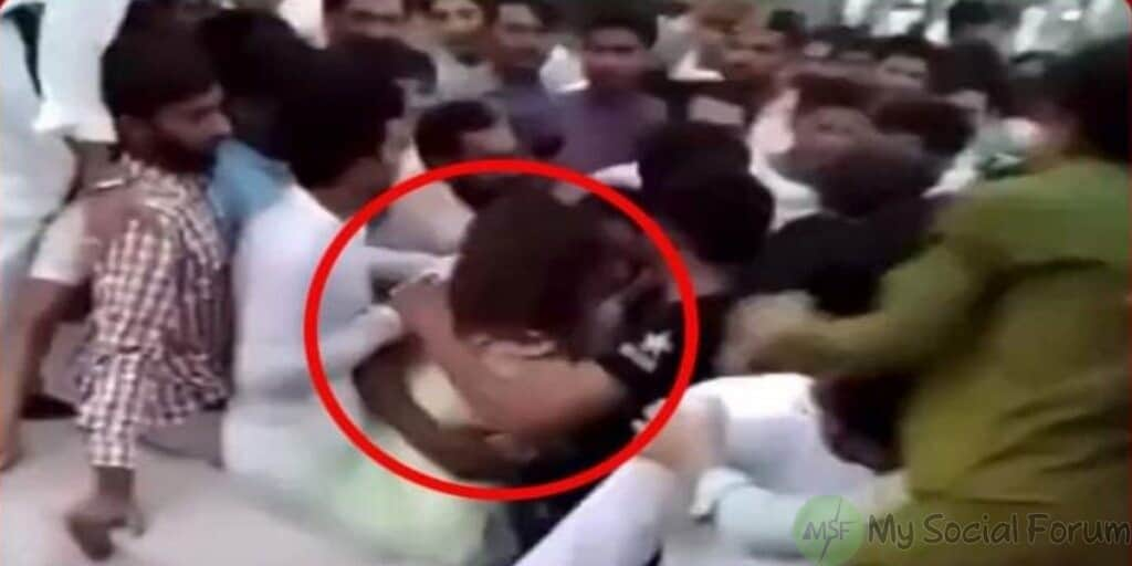 female tiktoker assaulted and harrased by 400 men at minar e pakistan